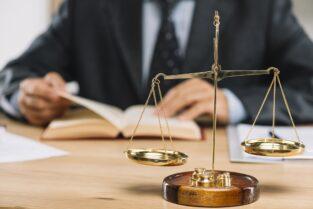 :: وکیل شیراز و بهترین وکیل شیراز